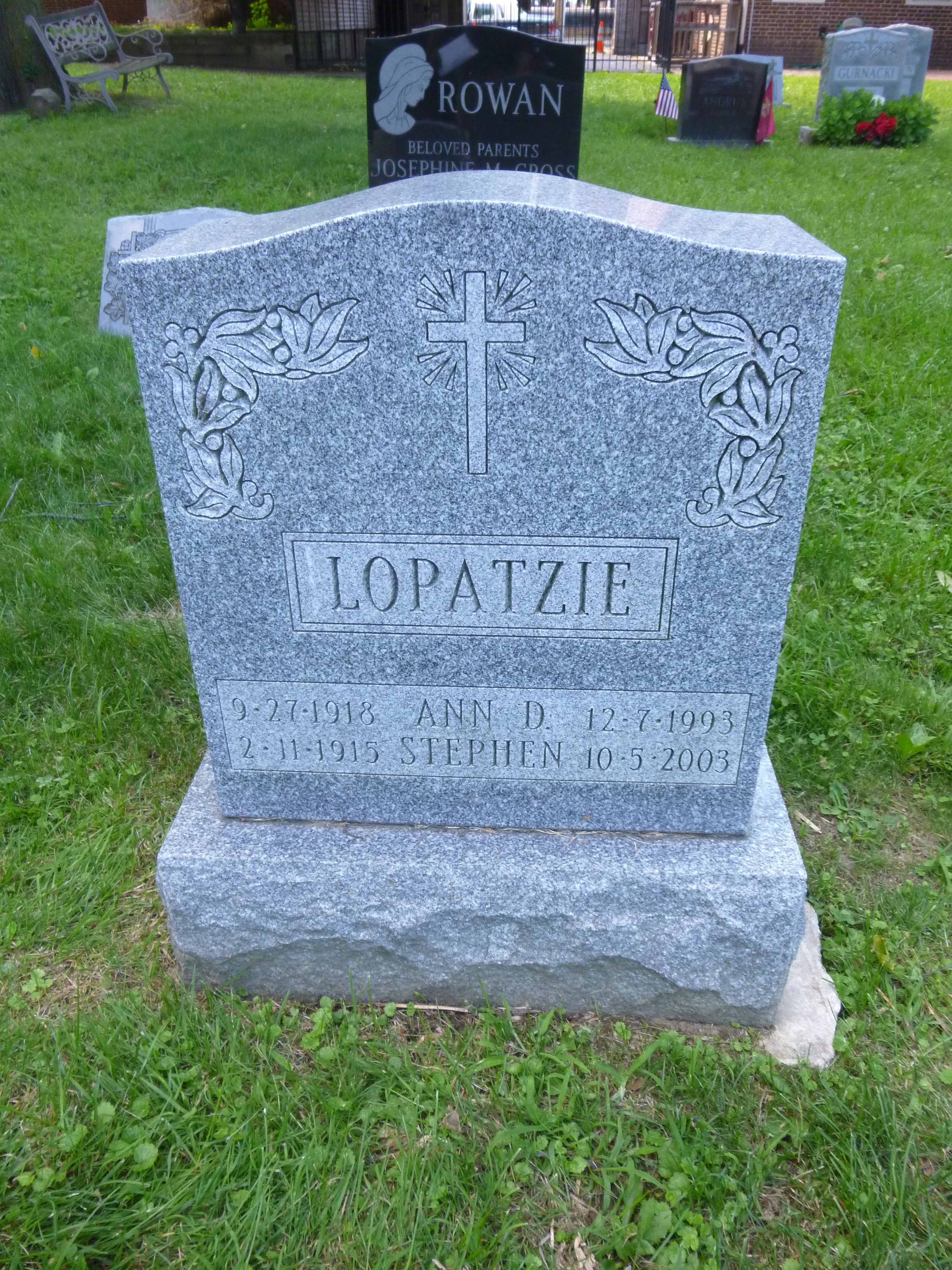 Read more about the article Ann and Stephen Lopatzie