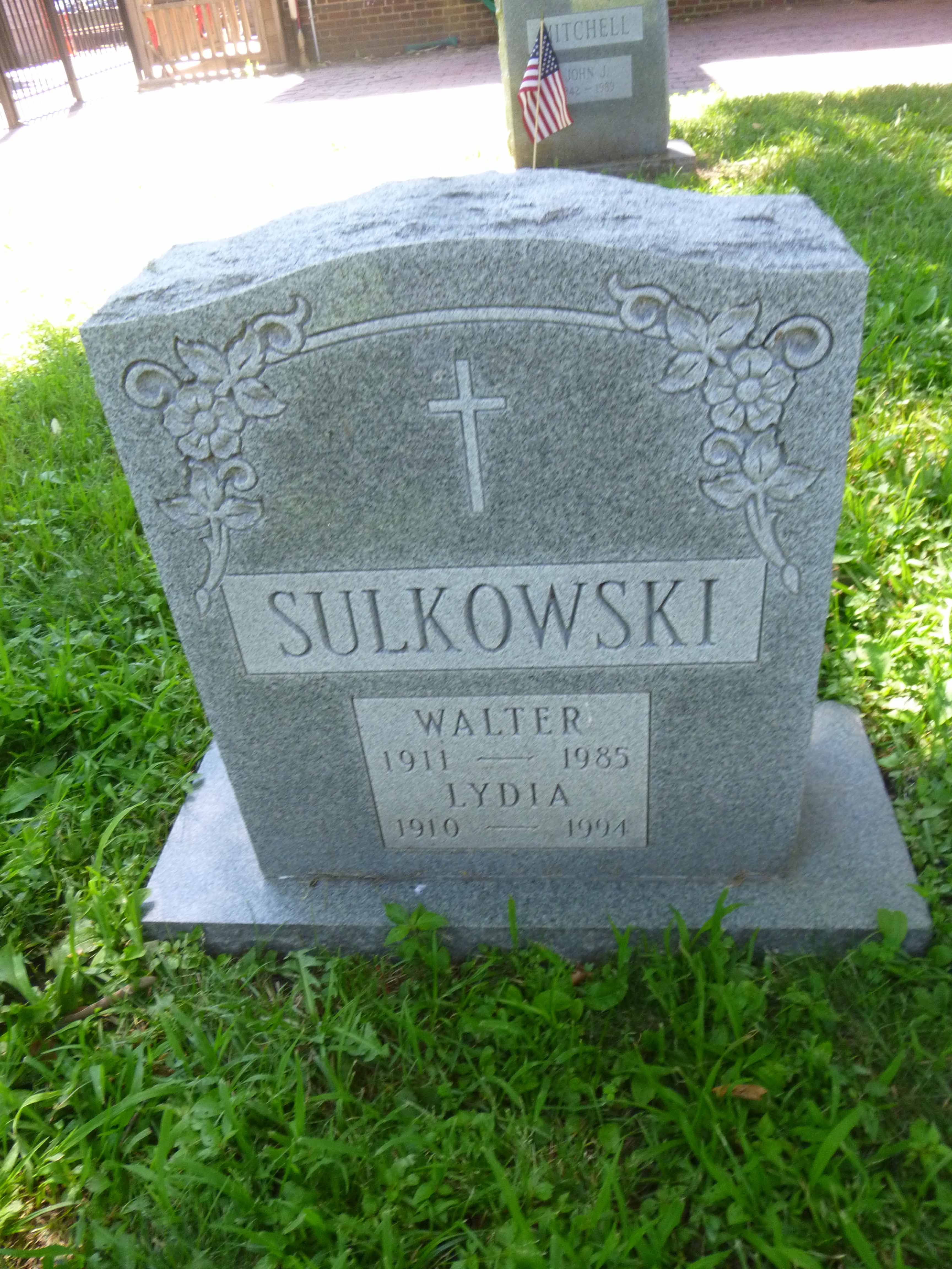 Read more about the article Walter and Lydia Sulkowski