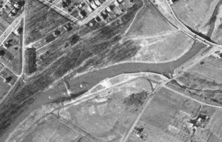roeblingbridgeaerial1938
