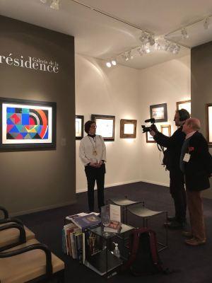 Galerie de la Présidence at Tefaf Maastricht 2020 : interview of Florence Chibret-Plaussu by Olivier de Rincquesen for the tv show Chercheurs d'Art on BFM TV