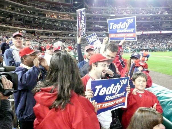 Teddy Roosevelt signs at Nationals Park
