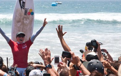 Peterson riding high, wins Nike U.S. Open of Surfing