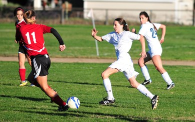GSoc: Owls clinch Condor League title with victory over Dunn