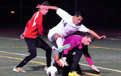 BSoc: Conteh leads Dunn past Laguna Blanca for CIF title