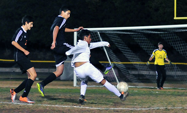 Santa Barbara High's Brandon Garcia takes a shot in Friday's game. (John Dvorak/Presidio Sports Photos)