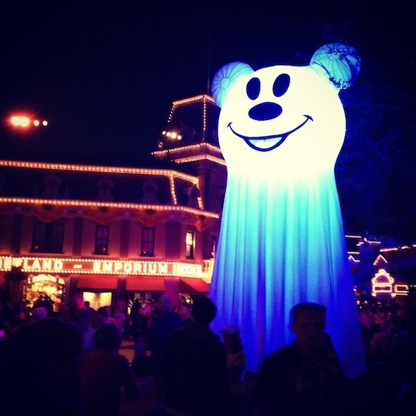 Mickey's #HalloweenTime PARTY At Disneyland