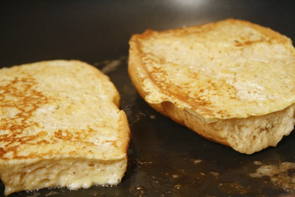 bolillo-french-toast-in-pan
