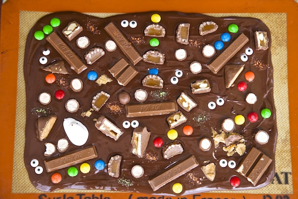 Peek-a-boo halloween candy bark right before it's place in the fridge.