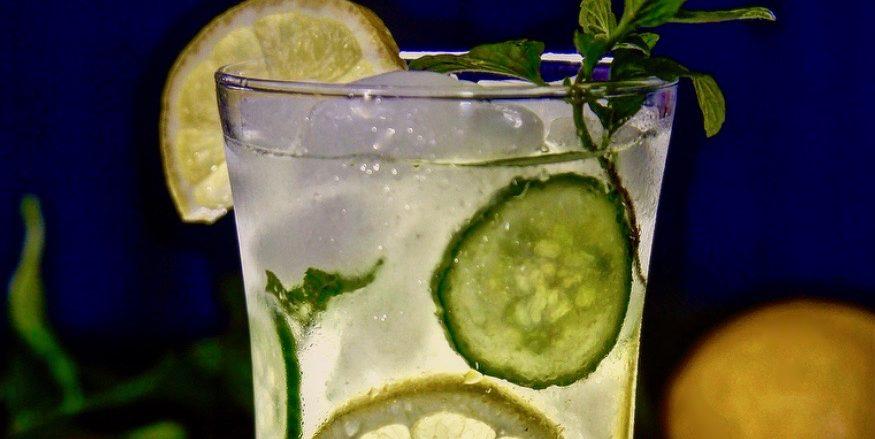 Cucumber Mint Lemonade a.k.a Limonada De Pepino y Yerba Buena