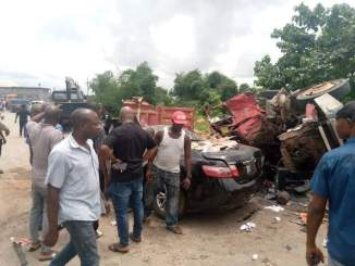 Obosi Crash, Anambra: Four Persons Feared Dead, Others Injured (Photos)