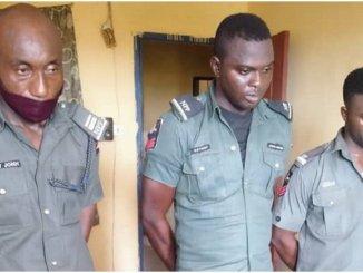police officers dismissed for extorting traveler