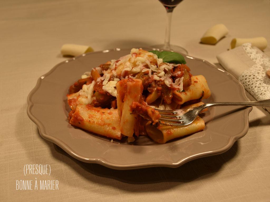 Pâtes alla Norma tomates, aubergines, ricotta