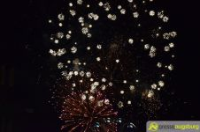 2015-08-28-Feuerwerk-–-06 Bildergalerie | Das erste Feuerwerk des Herbstplärrers 2015 Bildergalerien Freizeit News Augsburger Plärrer Feuerwerk Herbstplärrer |Presse Augsburg