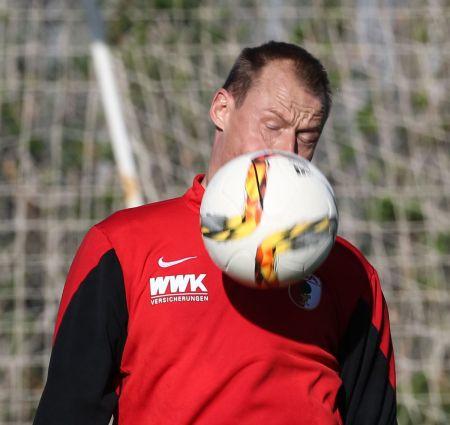Alexander Manninger (Torwart FC Augsburg #1), Volltreffer, FC Augsburg, Trainingslager, Estepona, Saison 2015-2016, 12.01.2016