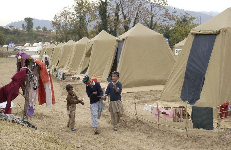 Flüchtlinge in einem Zeltlager in Shinkiari, Pakistan. | Symbolfoto