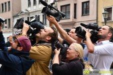 "2017-07-14-Kasperl-Ampel-–-11 ""Jetz kosch gea!"" | Augsburg hat nun eine Kasperl-Ampel Augsburg Stadt Bildergalerien Kunst & Kultur News Newsletter Ampel Augsburger Puppenkiste Kasperl |Presse Augsburg"