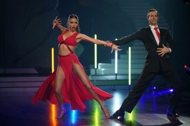 Ingolf Lück und Ekaterina Leonova tanzen Tango. Verwendung der Bilder für Online-Medien ausschließlich mit folgender Verlinkung:'Alle Infos zu 'Let's Dance' im Special bei RTL.de: http://www.rtl.de/cms/sendungen/lets-dance.html