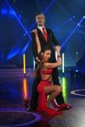Ingolf Lück und Ekaterina Leonova tanzen Tango.