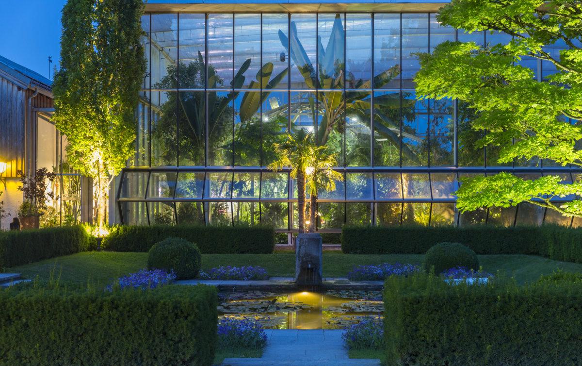 licht verzaubert auch heute abend den botanischen garten augsburg presse augsburg. Black Bedroom Furniture Sets. Home Design Ideas
