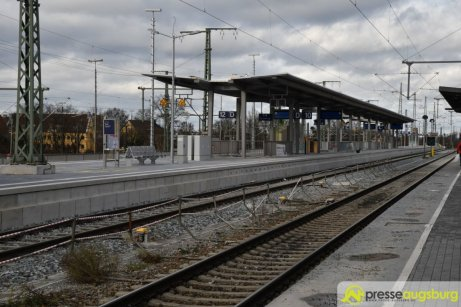 2018-12-08 Bahnsteig F – 09