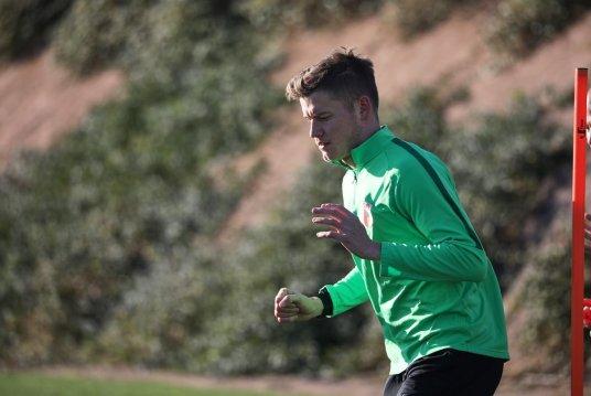 Alfred Finnbogason (FC Augsburg #27) ist im Trainingslager angekommen, erste Trainingseinheit, FC Augsburg, Trainingslager Alicante 2019, La Finca Golf Resort, Trainingsgelände;