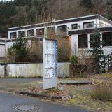 Ruine des Parkhotels im Schleidpark