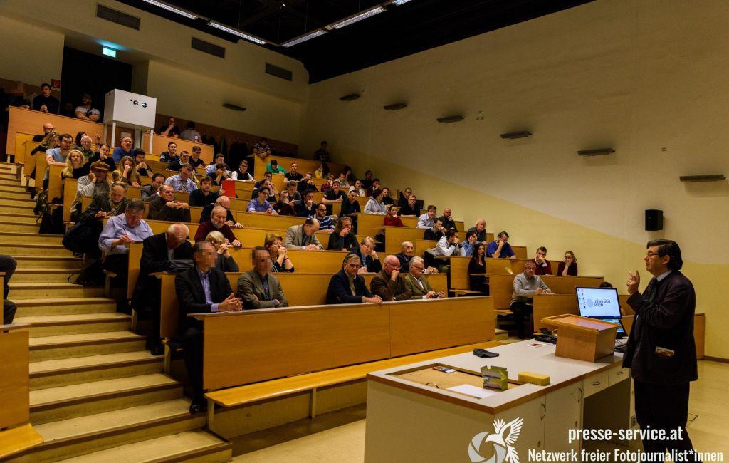 """""""Identitäre"""" in Vorlesung von Lothar Höbelt an der Universität Wien (17.12.2019)"""
