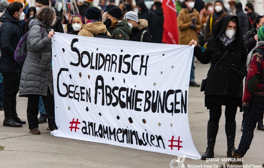 Wien: Demonstration gegen Abschiebungen nach Afghanistan (21.02.2021)