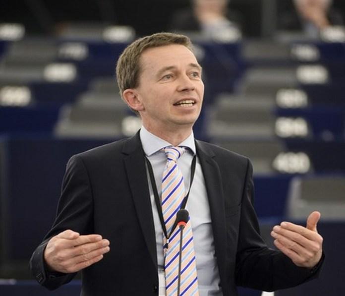 """Quelle """"obs/LKR - Die Eurokritiker/CHRISTEN Michel"""""""