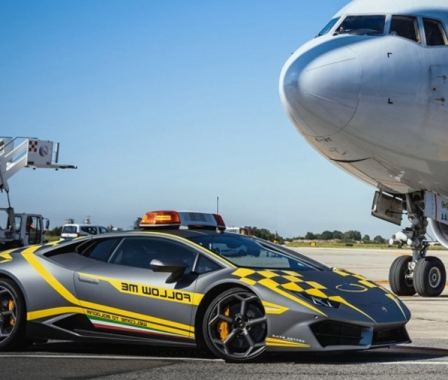 Planes At Italian Airport Now Get To Follow A Lamborghini
