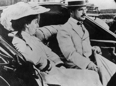 Benjamin Guggenheim with his wife