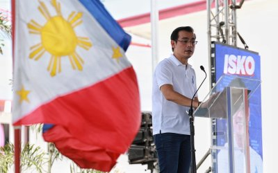 Isko says he's willing to offer Duterte a Cabinet post