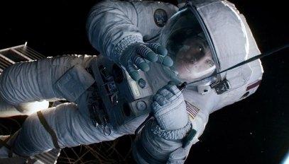 Gravity-©-2013-Warner-Bros.(11)
