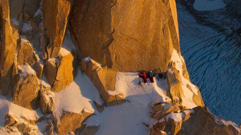 Cerro-Torre-©-2013-Lunafilm,-Corey-Rich-Red-Bull-Content-Pool(2)