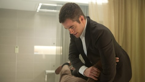 Jack-Ryan-Shadow-Recruit-©-2013-Paramount-Pictures,-Universal-Pictures(1)