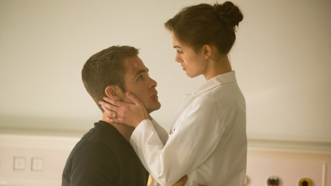 Jack-Ryan-Shadow-Recruit-©-2013-Paramount-Pictures,-Universal-Pictures(5)