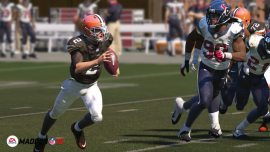 Madden-NFL-15-©-2014-EA-Sports,-EA-(3)