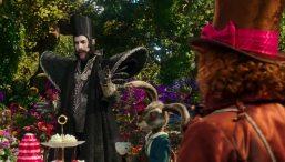 Alice-im-Wunderland-Hinter-den-Spiegeln-(c)-2016-Walt-Disney(11)