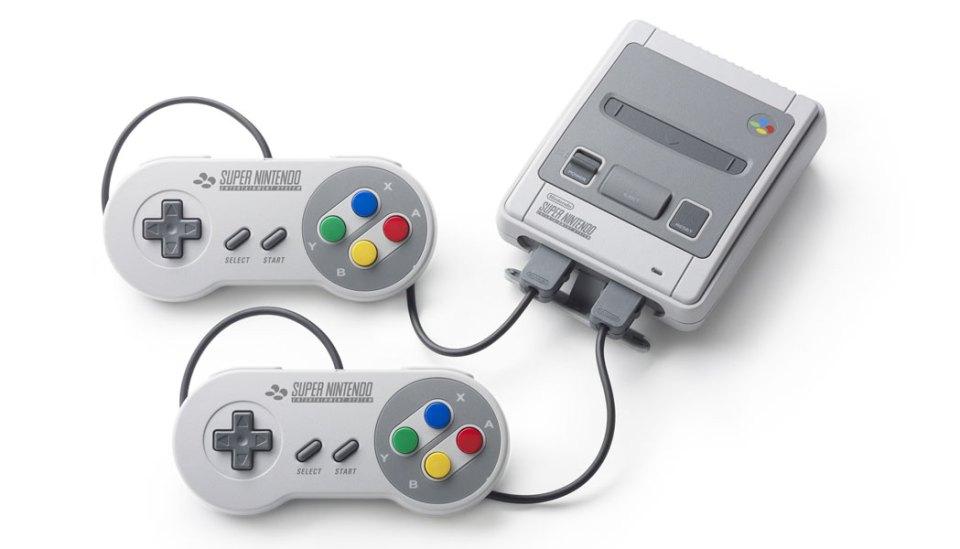 SNES-Mini-Classic-(c)-2017-Nintendo-(6)