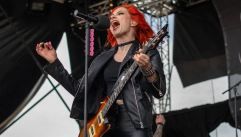 black-cage Nova Rock 2018 (c) Phillipp Annerer, pressplay (1)
