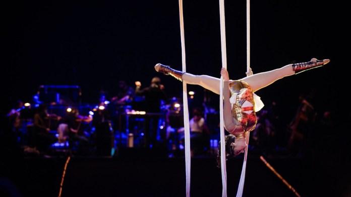 teatro do mar na Gala do Circo de Natal do Coliseu do Porto