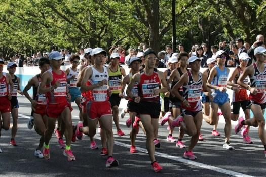 マラソン ナイキ ピンク