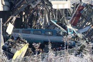 1214 02 1 - トルコ列車衝突脱線事故 在来線を走る高速列車の大惨事