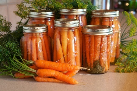 carrots in jars.