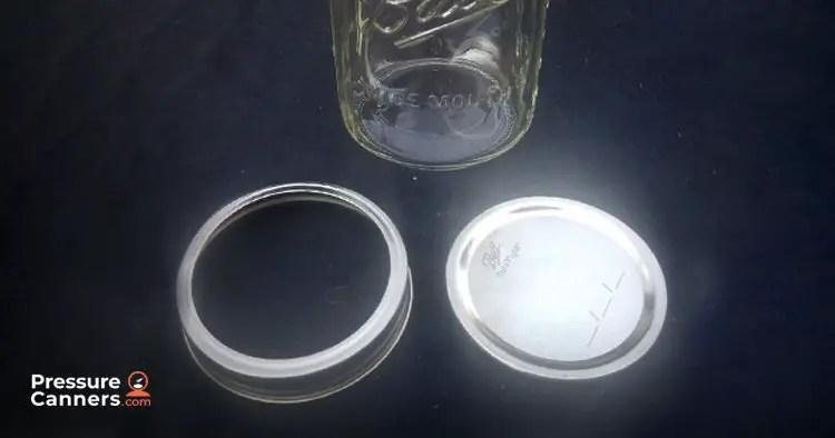 Jar, flat lid and screw top