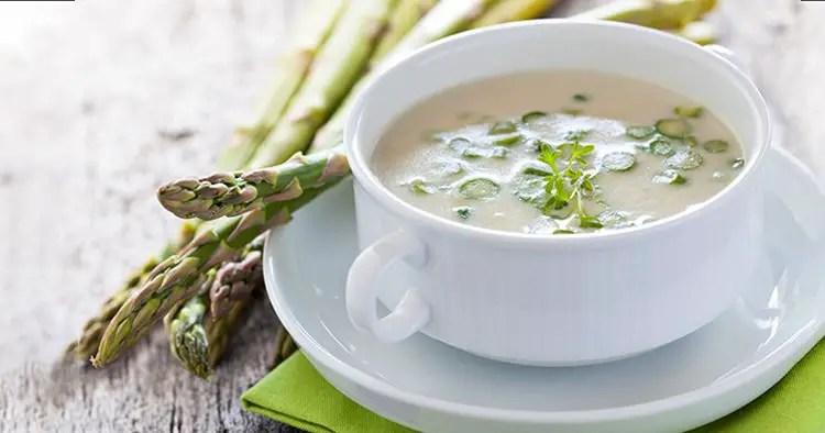 Fresh asparagus soup bow