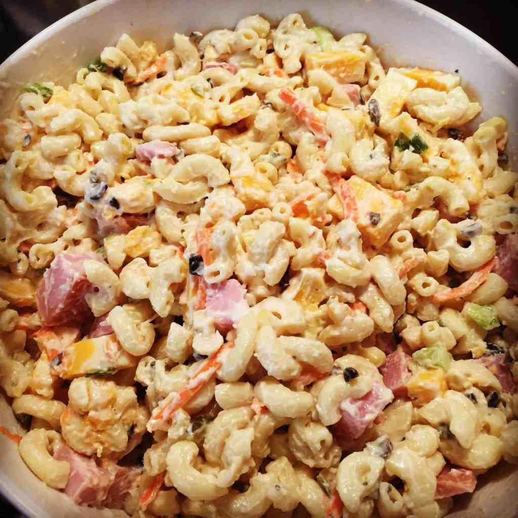 how to make a basic macaroni salad