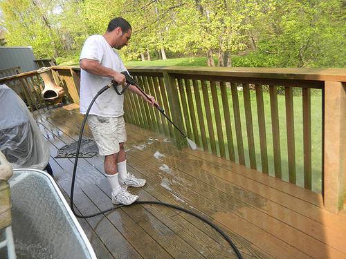 deck-fence-cleaning