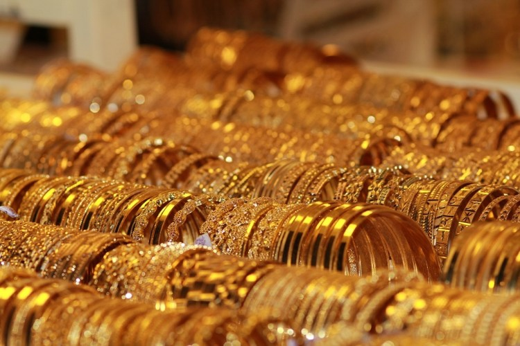 bracelets-gold-jewelry