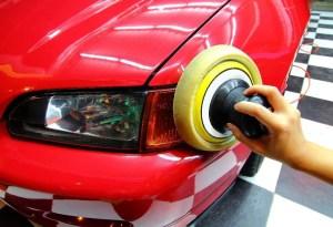 Car Headlight Waxing